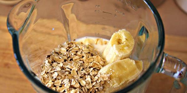 banana_oatmeal_smoothie_fcp